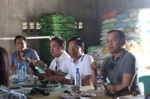 DA officials visit SPMPC Rice Processing Center in Bet-Ang (February 17,2017) (6)